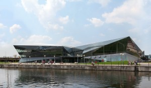 Siemens Opens 'The Crystal' in UK To Promote Greener Cities